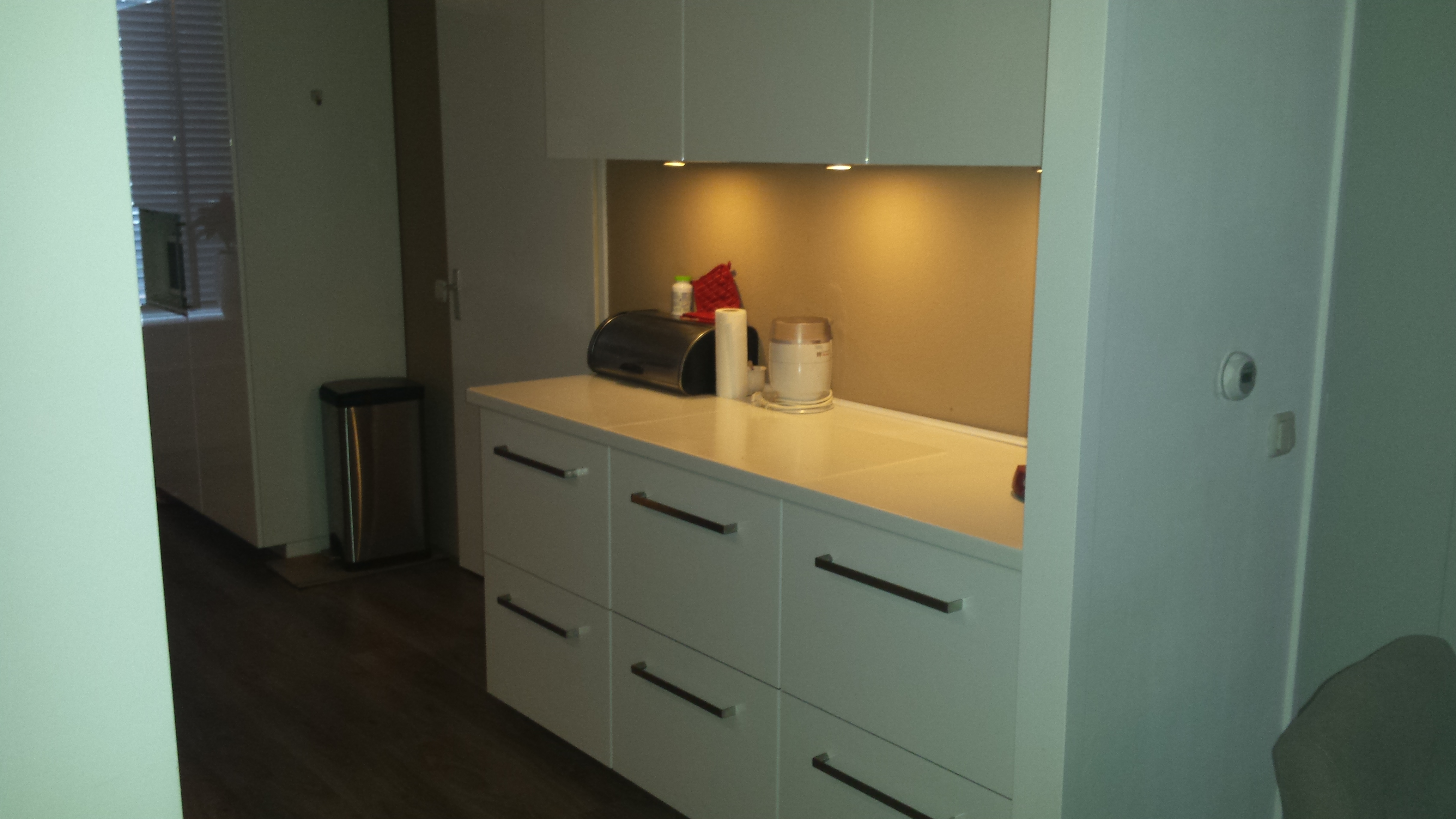 ikea kasten rc onderhoudsbedrijf. Black Bedroom Furniture Sets. Home Design Ideas